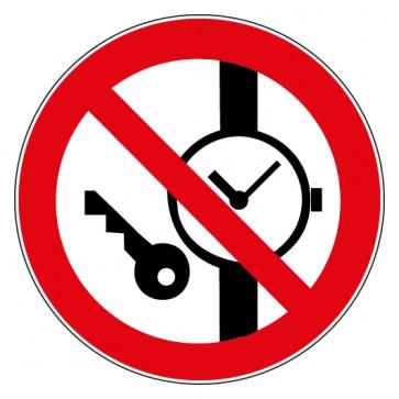 Verbotsschild Mitführen von Metallteilen oder Uhren verboten