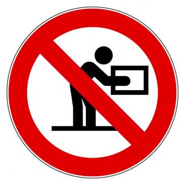 Verbotsschild Ausführen solcher Hebearbeiten verboten