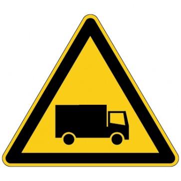 Warnschild Warnung vor Lastkraftwagen - Schwertransport