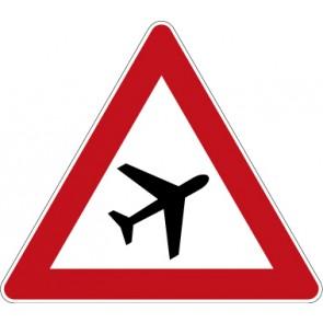 Schild Gefahrzeichen Flugbetrieb, Aufstellung links · Zeichen 101-20
