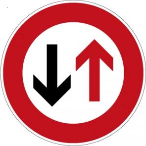 Fußbodenaufkleber Vorschriftzeichen Dem Gegenverkehr Vorrang gewähren! · Zeichen 208